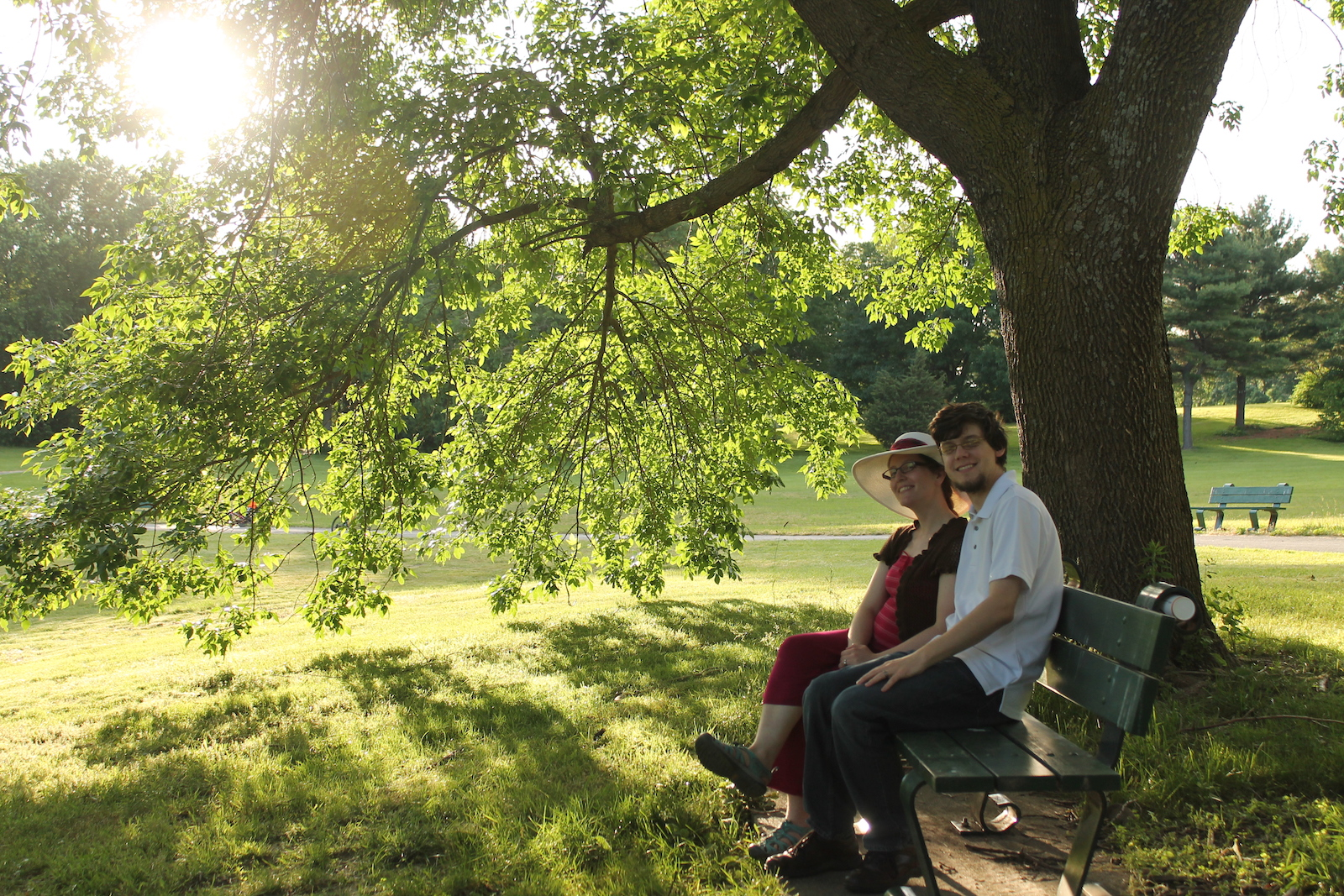 couple_on_bench